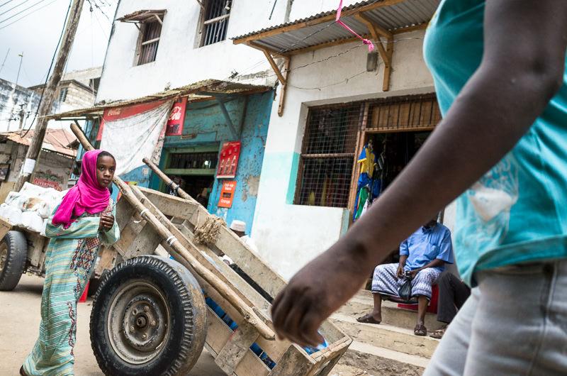 street photography in Lamu Town, Kenya. GreatDistances / Matt Wicks