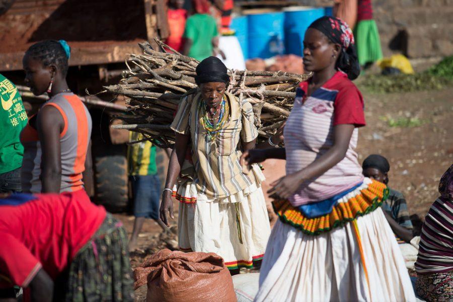 Konso women in Karat-Konso, Ethiopia. South Omo Part 2 - Bull Jumping - GreatDistances / Matt Wicks
