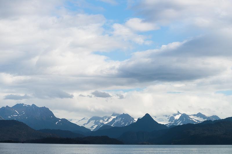 Katchemak Bay, viewed from the Homer Spit. Homer, Alaska. GreatDistances / Matt Wicks - Two Weeks in Alaska: Selected Photos